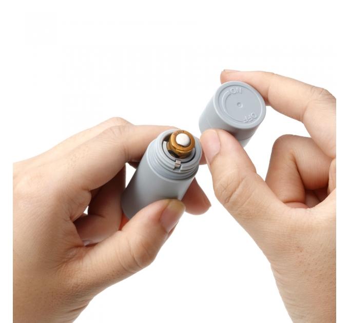 Вибратор-помада IROHA STICK Grey, плавное увеличение мощности